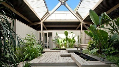 Robin Boyd-designed Frankston South home listed